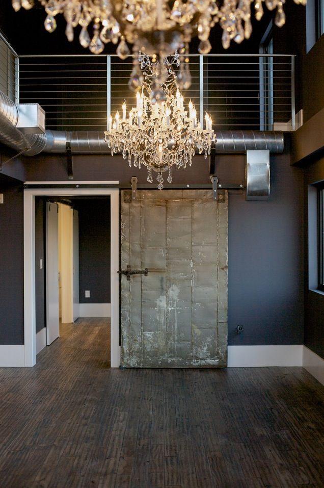 Drewniane drzwi do wnętrz w industrialnym stylu