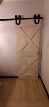 drzwi przesuwne z podkową, system przesuwny do drzwi, rustykalne drzwi