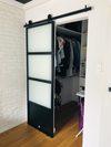 stalowe drzwi przesuwne, drzwi industrialne, metalowe drzwi ze szkłem, przesuwne drzwi do garderoby